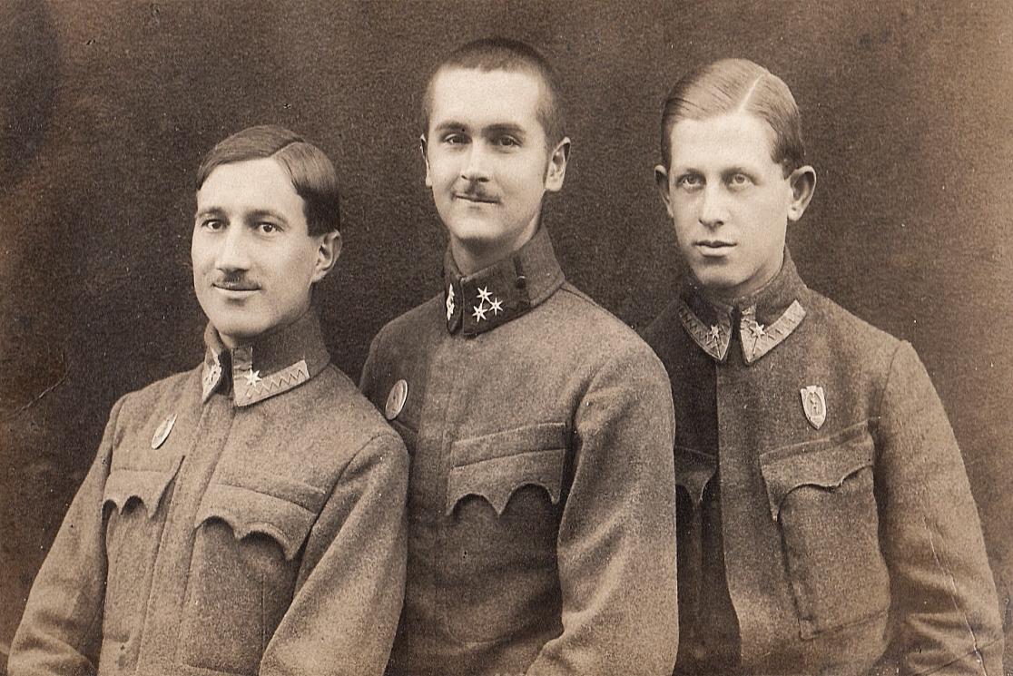 Édesapám katonatársaival