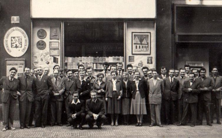 A prágai teológiai fakultás tanárai és diákjai